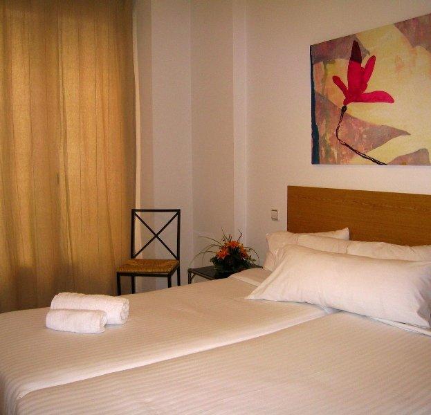 H2 Gran Via:  Room