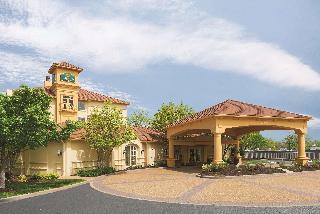 La Quinta Inn & Suites St Louis / Westport