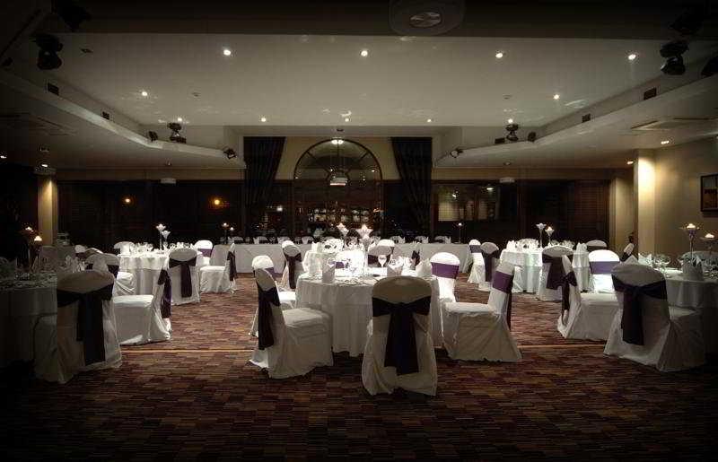 Restaurant - Dean Park Hotel
