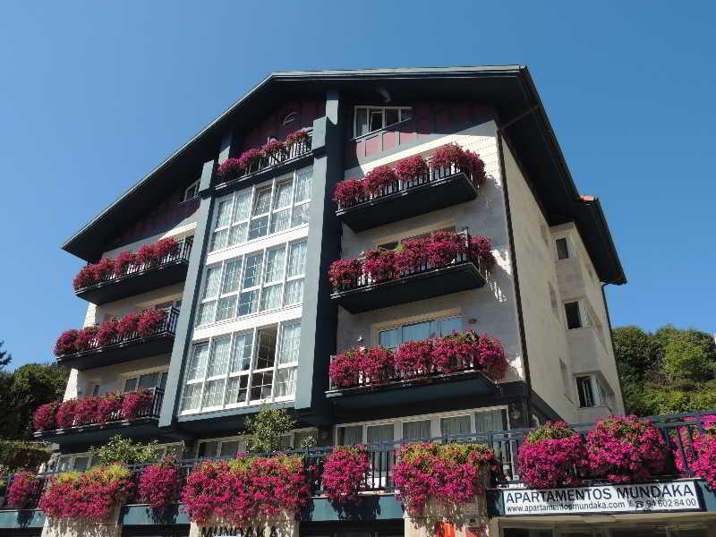 Hotel apartamentos mundaka mundaka viajes olympia madrid - Apartamentos en mundaka ...