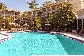 Doubletree hotel palm beach gardens air canada vacations Italian restaurants palm beach gardens