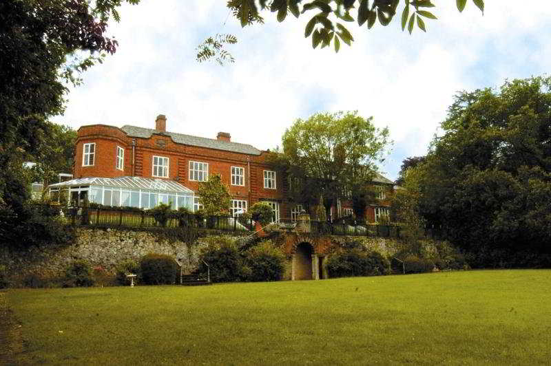 The Southcrest Manor hotel