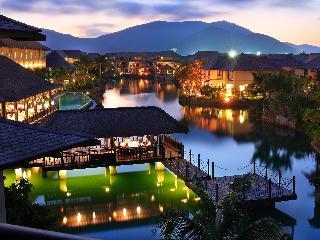 Yalong Bay Villas & SPA