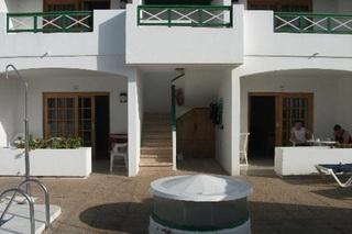 hotel  en la población de