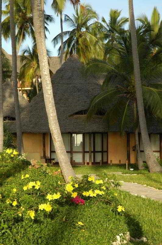 Ocean Paradise Resort:  General