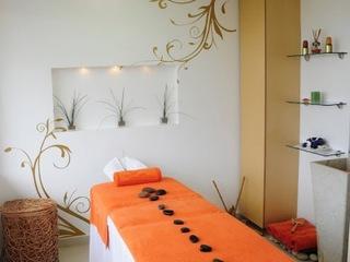 http://www.hotelbeds.com/giata/11/116037/116037a_hb_a_002.jpg