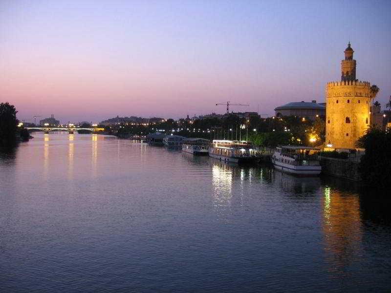 Hotel Roulette Sevilla 3*