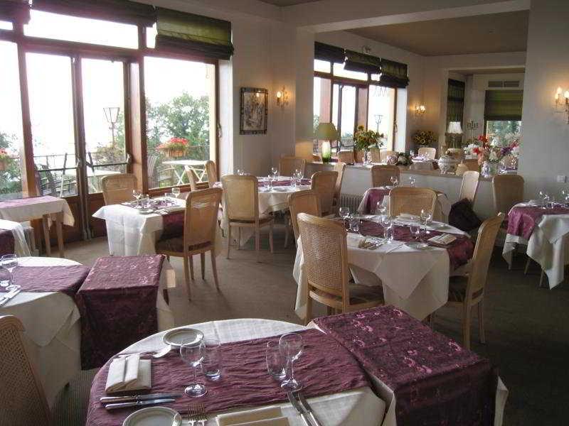 Majestik Trois Epis - Restaurant