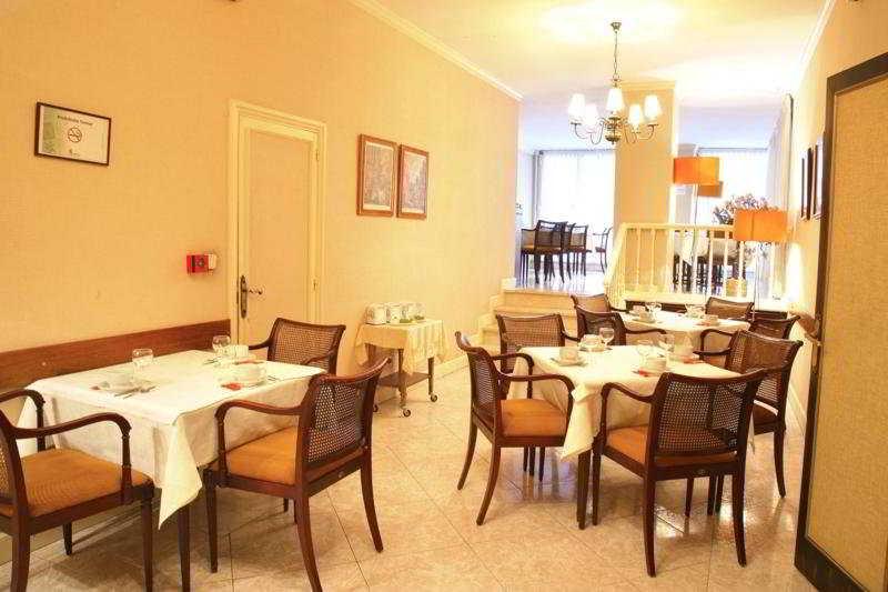 Restaurant (#4 of 4) - Monclus