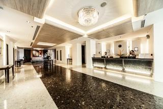 曼谷阿德尔菲格兰德酒店