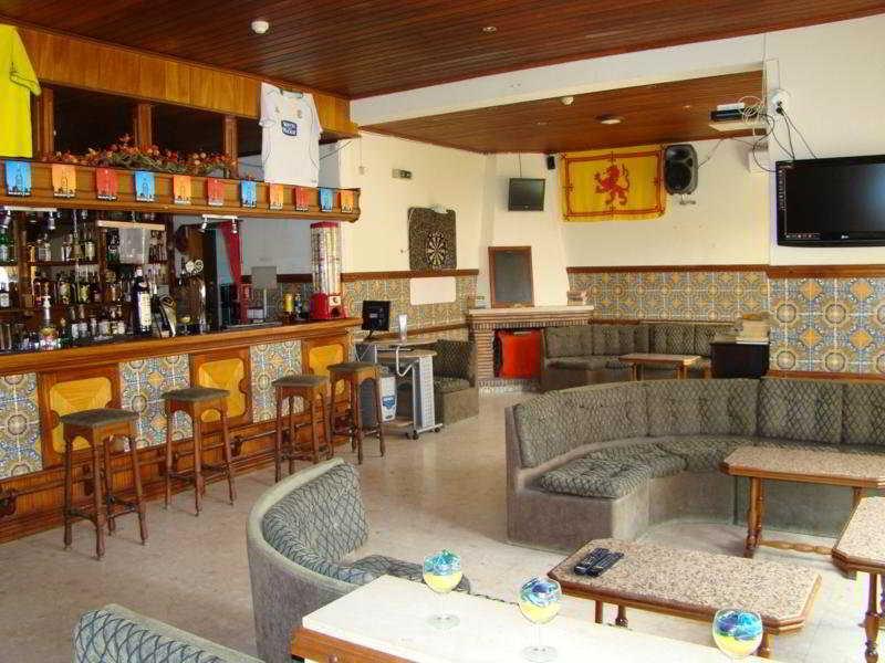 Apartamentos Eirasol -