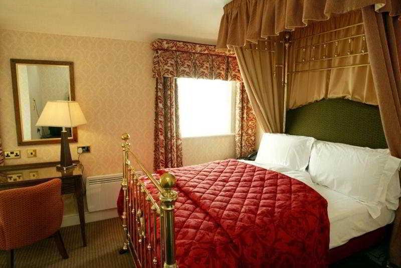 Etrop Grange Hotel