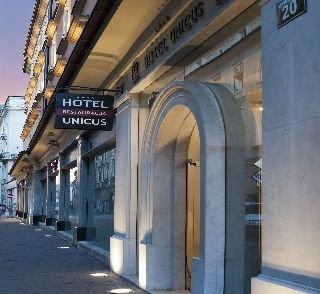 http://www.hotelbeds.com/giata/12/120204/120204a_hb_a_007.jpg