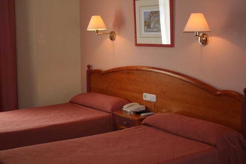 Ofertas de hoteles en segorbe espa a viajes el corte ingles for Hoteles recomendados en madrid