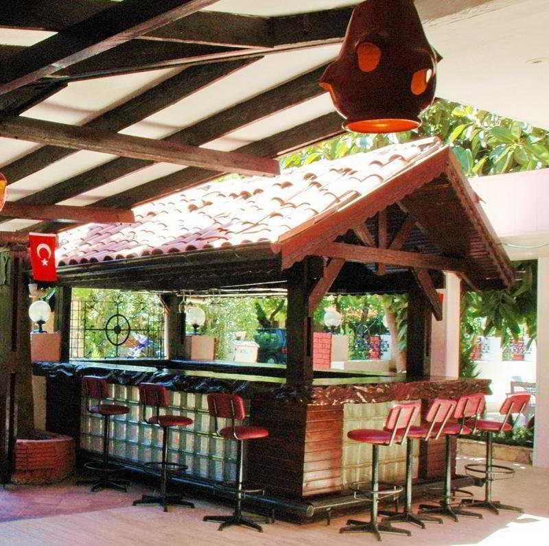 Bybassos Hotel -