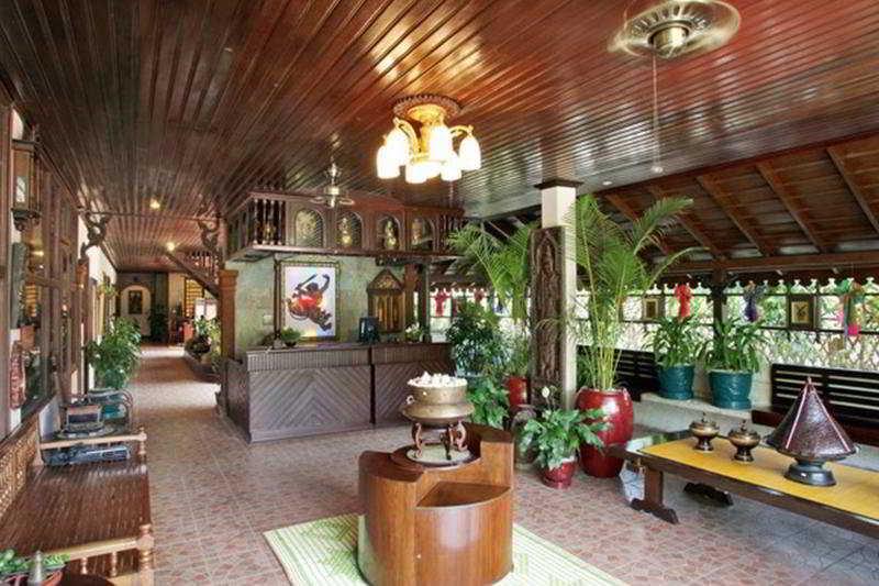 Hanumanalaya Angkor Boutique Residence:  Lobby