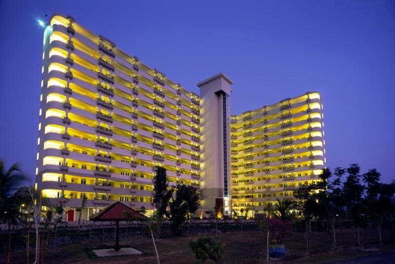 Century Suria Service Apartment, Langkawi