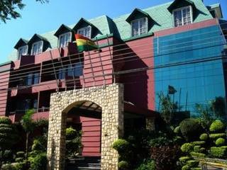 Royal Lodge Hotel:  General: .bolivia bolivia hotels & resorts santa cruz de la sierra
