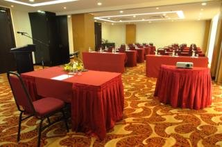Naza Talyya Hotel Melaka:  Conferences