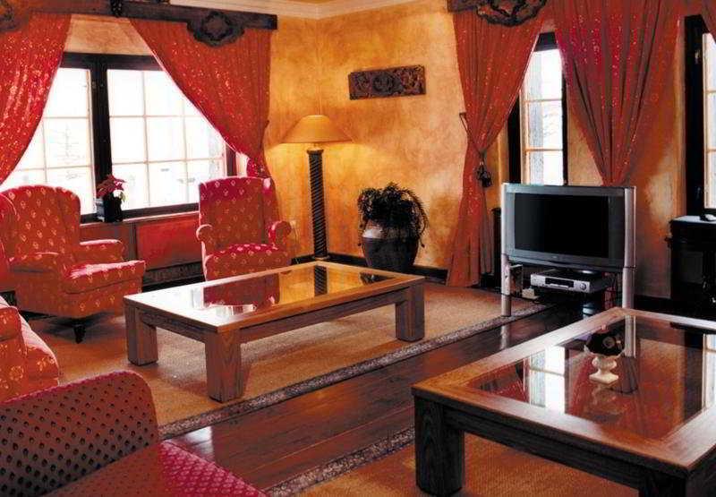 El Lodge -