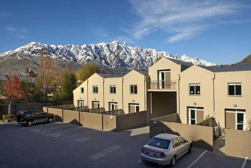 Queenstown Gateway Apartments:  General