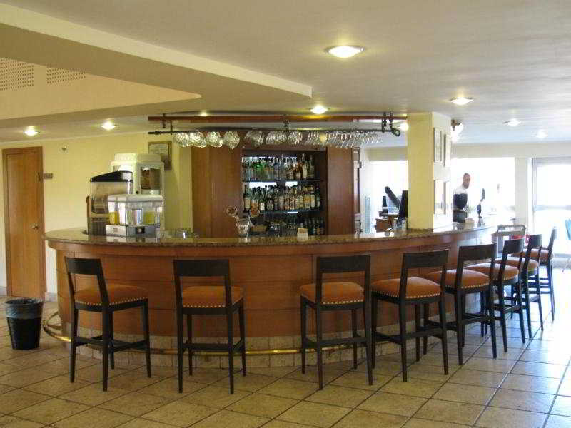 Kibbutz Lavi:  Bar