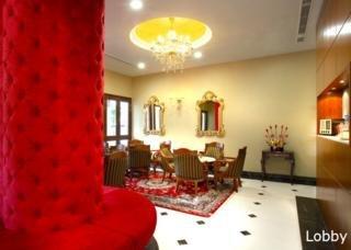 Nostalgia Hotel -