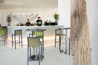 Bar: Melia Braga Hotel And Spa