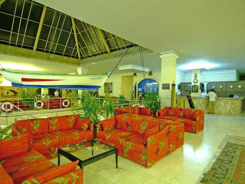 Sailors Beach Club -