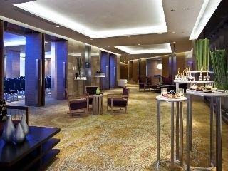 아난타라 방콕 사톤 호텔