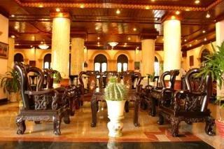Hoi An Indochine Hotel:  Lobby