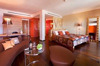 Bohemia Suites  Spa