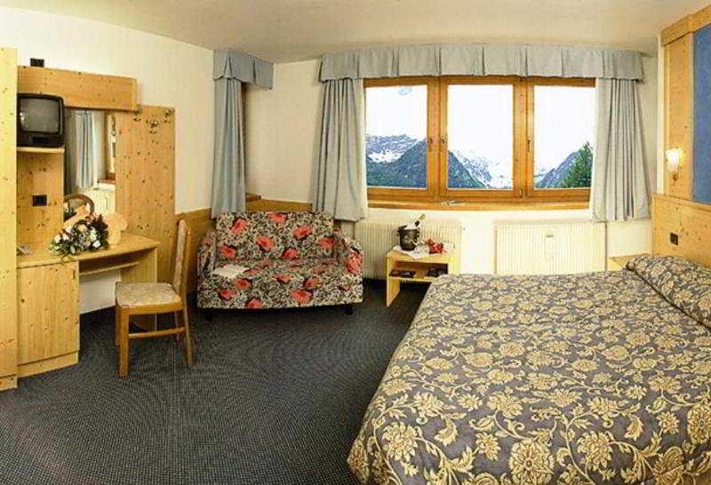 Gardenia Passo Tonale, Italy Hotels & Resorts