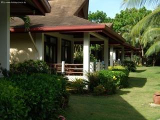 Alona Palm Beach Resort -
