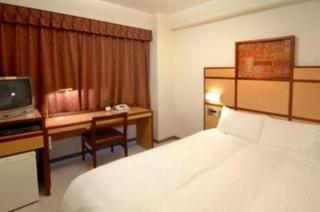 Room (#2 of 2) - Villa Fontaine Hakozaki