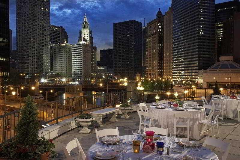 Trovalia renaissance chicago for Hoteles en chicago