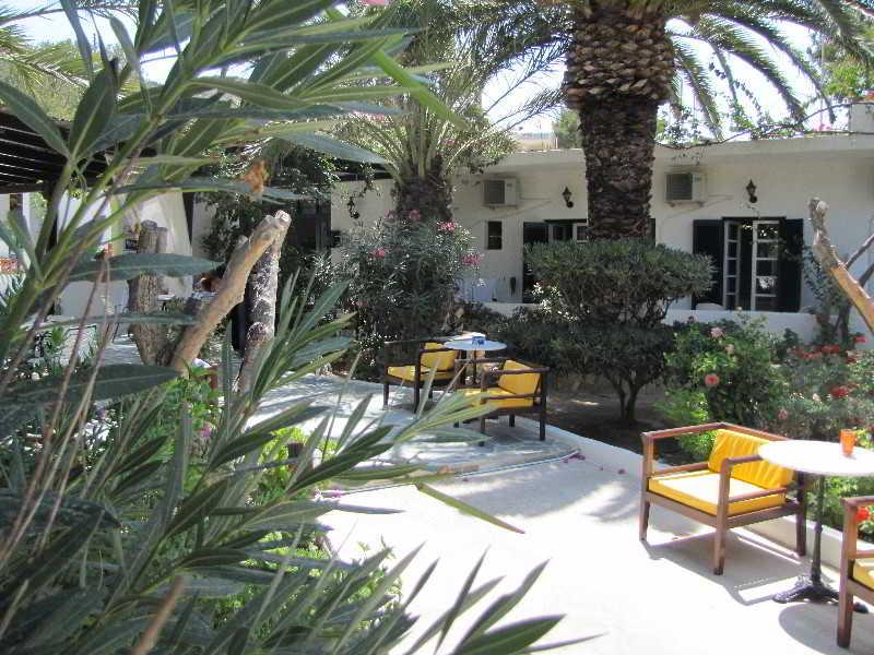 Paradise Los, Greece Hotels & Resorts