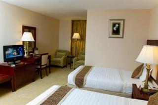 http://www.hotelbeds.com/giata/12/125023/125023a_hb_w_001.jpg