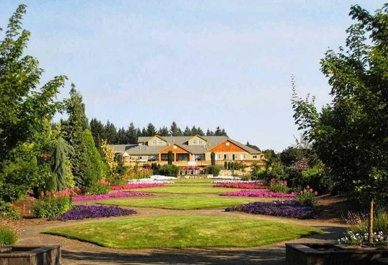 Oregon Garden Resort