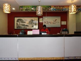 OYO 497 EQ Ferringhi Hotel