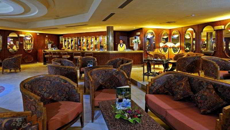 Iberostar Palmyre Hotel:  Bar