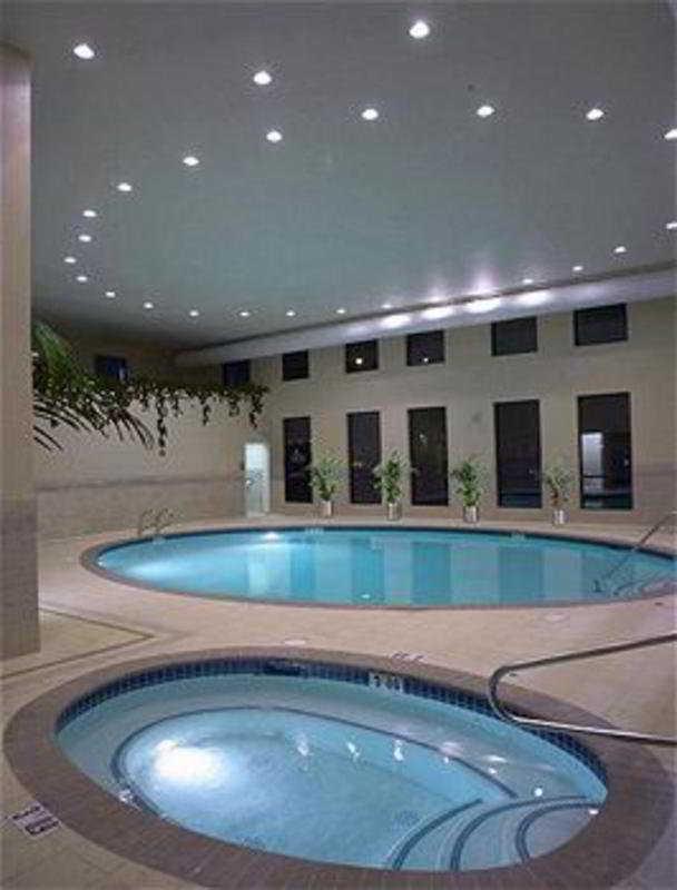 hotel crowne plaza portland convention center portland. Black Bedroom Furniture Sets. Home Design Ideas