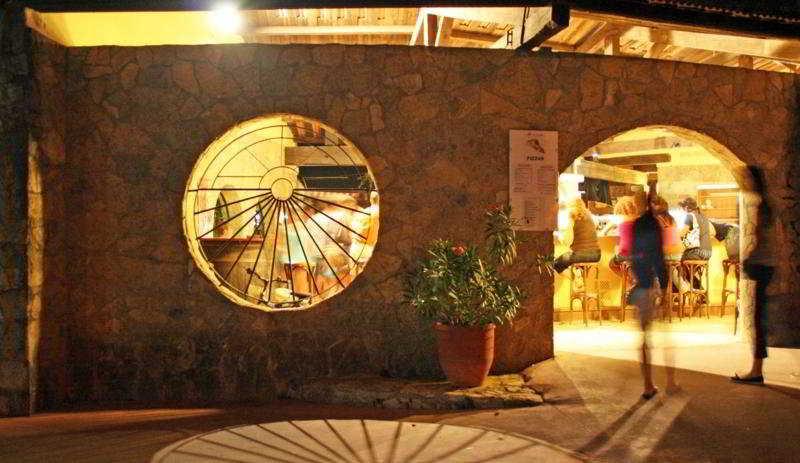Pola Camping -