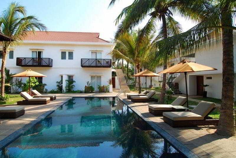 Pool (#4 of 4) - Villa Kiara Boutique Hotel