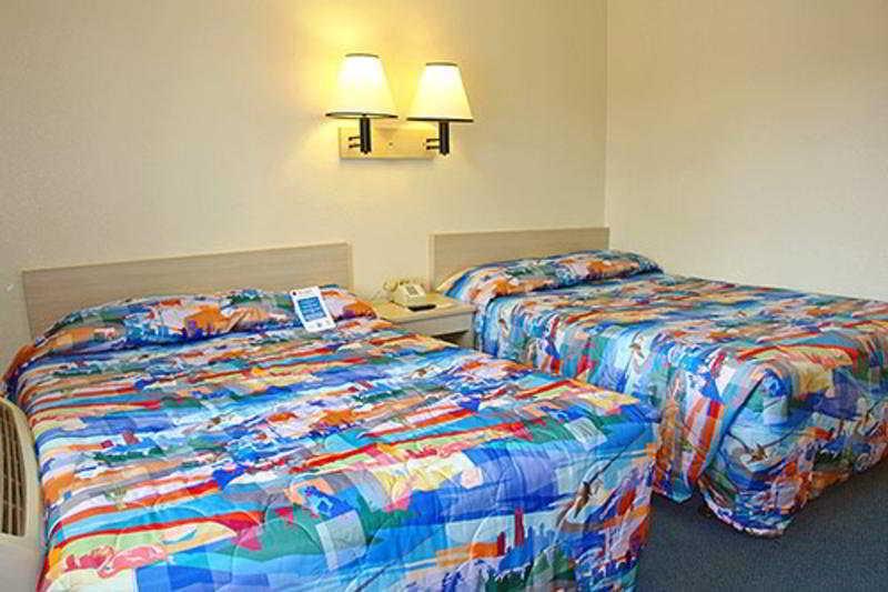 hotel motel 6 south lake tahoe en lake tahoe ca nv. Black Bedroom Furniture Sets. Home Design Ideas