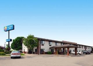Comfort Inn Morris I-80