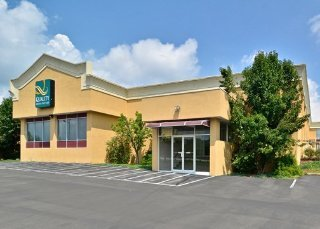 Quality Inn & Suites Indiana Area