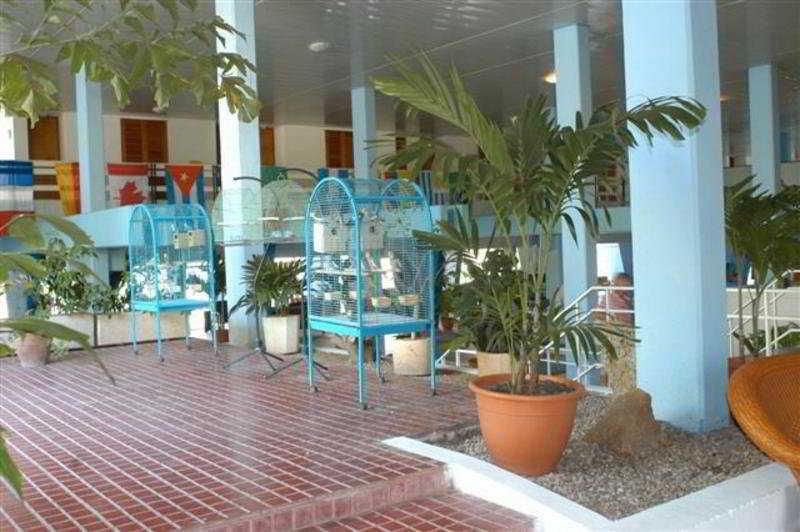 http://www.hotelbeds.com/giata/12/129698/129698a_hb_a_009.jpg