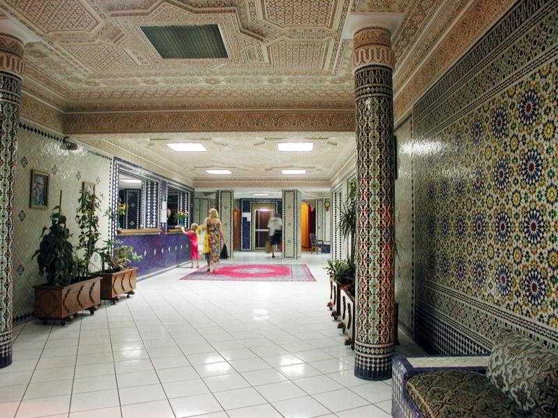 Lobby - Redisdence Yasmina