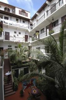 General - De La Poste Hotel